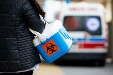 Według komunikatów MZ, w ostatnich dniach w Polsce wykonuje się coraz mniej testów.
