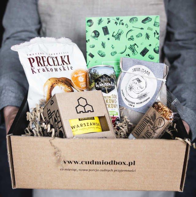 Cud Miód Box, to bardzo dobry sposób na odkrywanie swoich ulubionych smaków bez wychodzenia z domu.