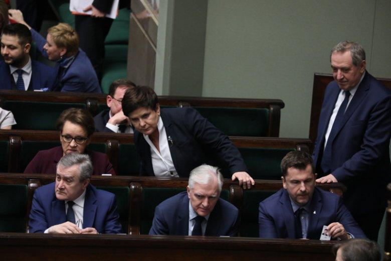 Artur Zasada (po prawej stronie Gowina) należy do najbliższych współpracowników wicepremiera, ministra nauki i szkolnictwa wyższego oraz lidera partii Porozumienie