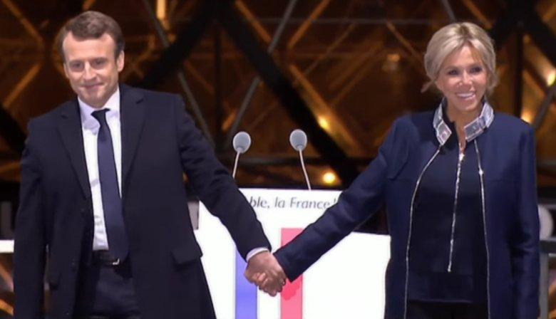 Emmanuel Macron i Brigitte Trogneux / Screen ekranu