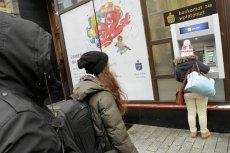 Podczas paniki bankowej wszyscy rzucają się na swoje oszczędności.