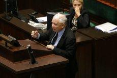 Jarosław Kaczyński dolał w nocy dużo oliwy do ognia.