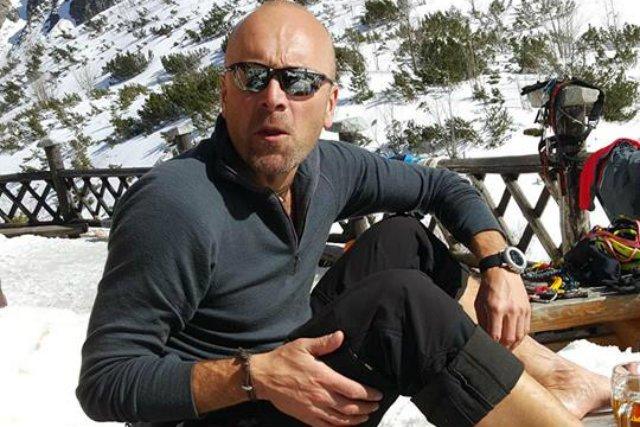 Rafał Fronia po nieszczęśliwym wypadku przebywa obecnie w hotelu w pakistańskim mieście Skardu.