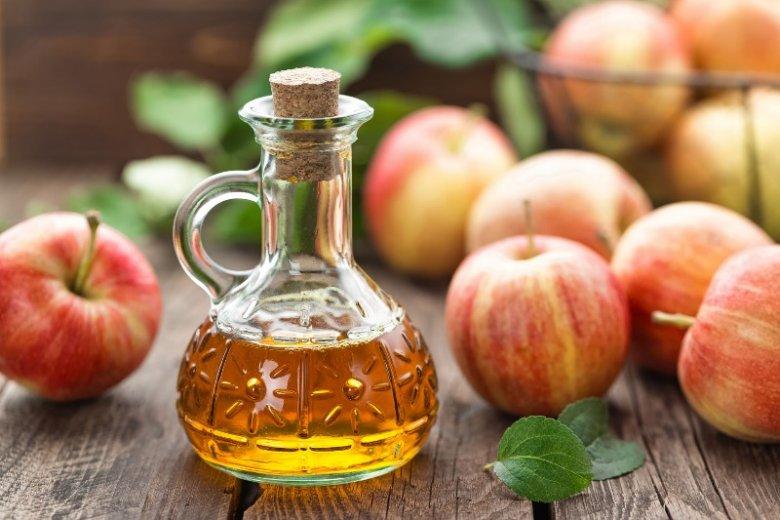 Domowe zamienniki szamponu takie jak ocet jabłkowy nie do końca są bezpieczne.
