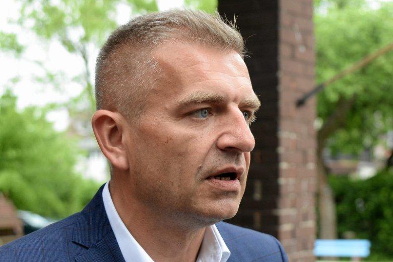 """Po co PiS przerwał posiedzenie Sejmu? Bartosz Arłukowicz diagnozuje, że chodzi o """"handel polityczny""""."""