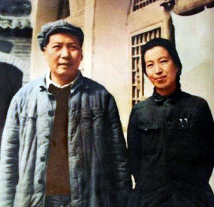 Mao Tse–tung ze swoją czwartą żoną, Jiang Qing.