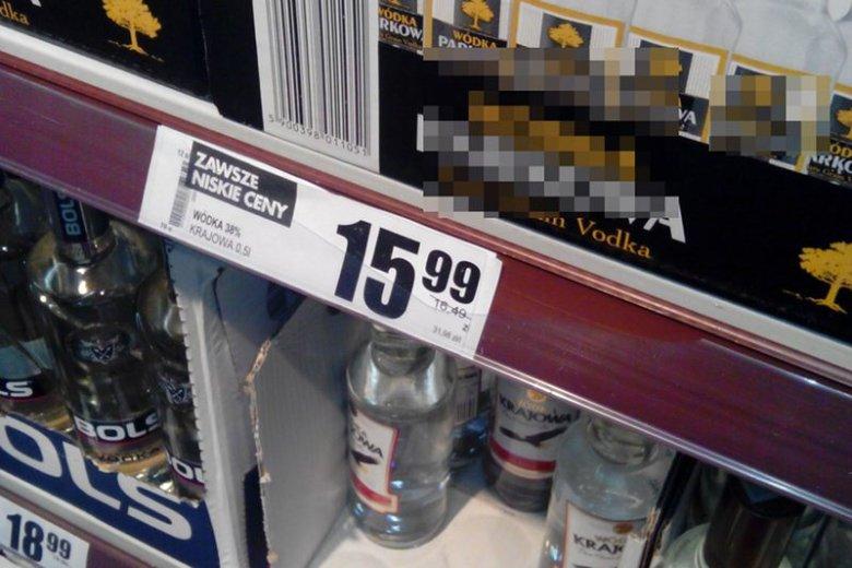 Za litr wódki zapłacimy powyżej 32 złotych. Znacznie taniej kupimy mocne piwo
