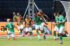 Madagaskar świętuje swój sukces w Pucharze Narodów Afryki. Debiutanci zagrają w ćwierćfinale turnieju.