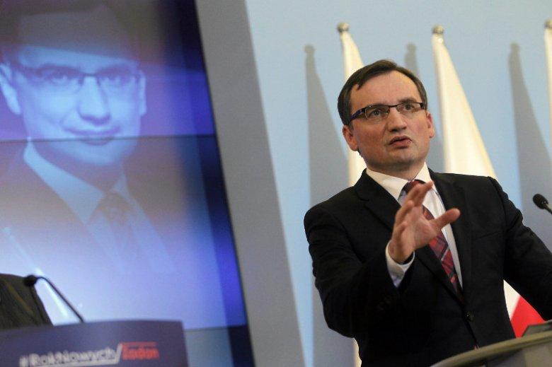 Wydział Prawa UJ nie zostawił suchej nitki na polityce Ziobry ws. wymiaru sprawiedliwości.