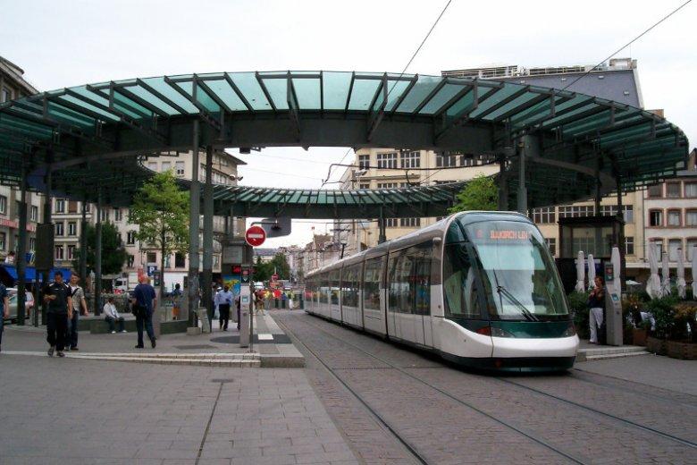 Tramwaje w Strasburgu.