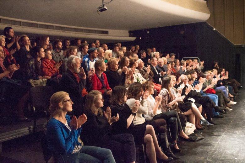 Sztuki wystawiane w teatrze na warszawskiej Starówce cieszyły się dużą frekwencją