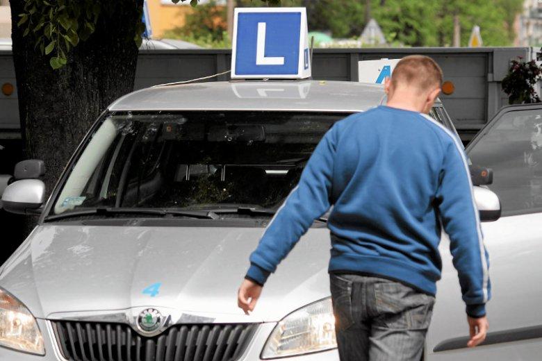 Nowi kierowcy będą musieli odbyć dodatkowe kursy doszkalające w pierwszym roku posiadania prawo jazdy.