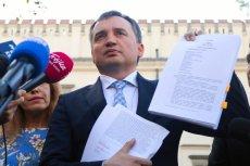 Zbigniew Ziobro zwrócił się do Trybunału Konstytucyjnego z wnioskiem o stwierdzenie niezgodności z polską konstytucją artykułu 267. o funkcjonowaniu Unii Europejskiej.