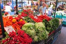 Rosja grozi Polsce nałożeniem embargo na warzywa i owoce