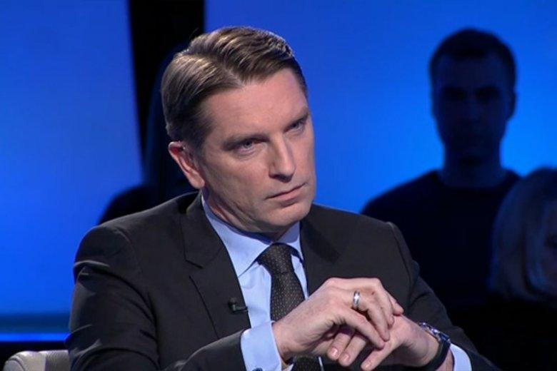"""Wbrew zapowiedziom nowej władzy, program """"Tomasz Lis na żywo""""  kolejny raz pojawił się na antenie TVP2."""