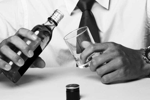 Lekarze boją się, że przyznaje się do alkoholizmu oznacza koniec kariery.