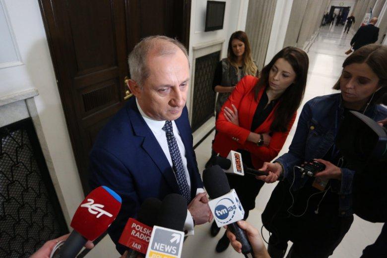 500+ nie dla bezrobotnych rodziców - powiedział Sławomir Neumann i od razu odciął partię od głosów 800 tys. bezrobotnych.
