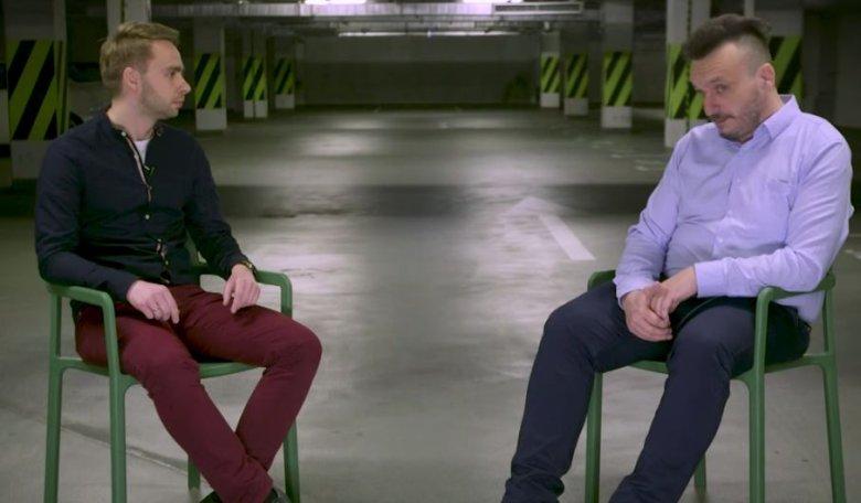 Rafał Gębura rozmawia z Marcinem Kuśmirkiem.