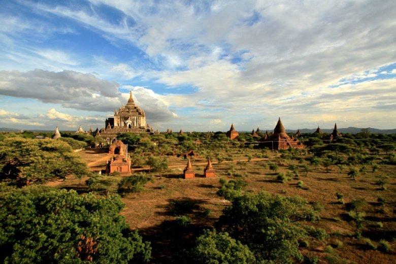 Stupy w Bagan/Birma