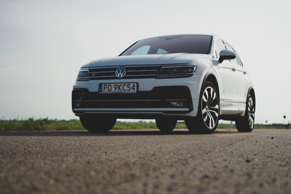 Volkswagen Tiguan prezentuje się efektownie i świetnie wywiązuje się ze swoich zadań.
