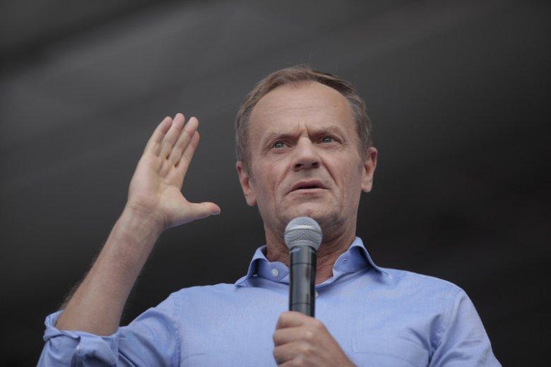 Donald Tusk przemówił w sobotę na Placu Konstytucji.
