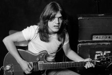 Nie żyje Malcolm Young, gitarzysta zespołu AC/DC.