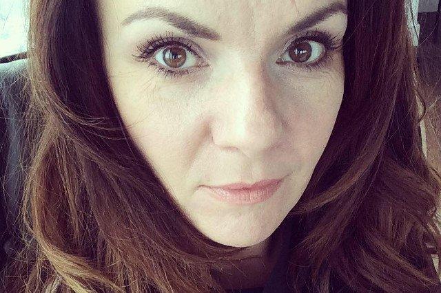 Krystyna Łuczak-Surówka w emocjonalnym wpisie na Facebooku przyznaje, że czuje się zniewolona we własnym kraju.