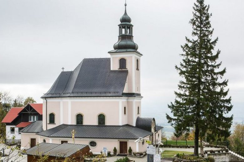 Sąd skazał księdza za użycie paralizatora na turyście, który chciał wejść do kościoła z psem.