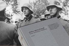 """""""Mein Kampf"""" po raz pierwszy od 1945 roku można legalnie kupić w Niemczech."""