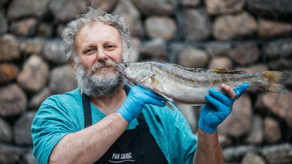 Pan Sandacz z rybami związany jest od wczesnej młodości, także emocjonalnie.
