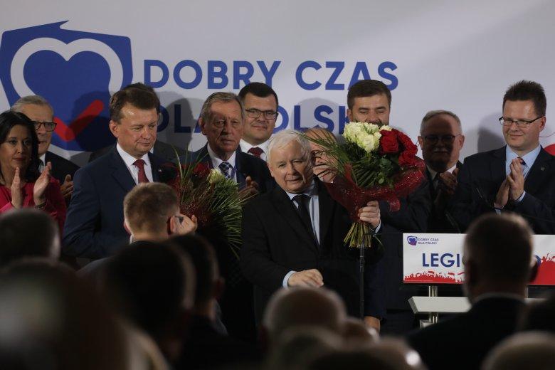 Zdjęcie z 26 września. Jan Szyszko obok Jarosława Kaczyńskiego na konwencji PiS w Legionowie.