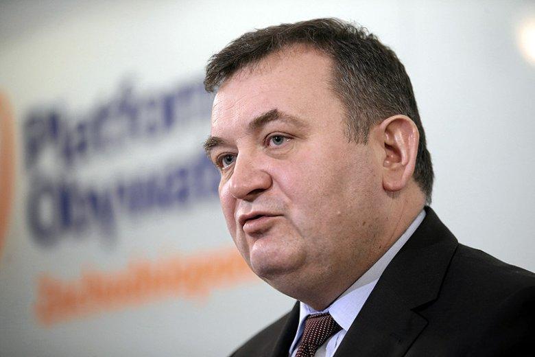 Stanisław Gawłowski z PO odpowiedział na wezwanie PiS, by byli ministrowie z czasów koalicji PO-PSL oddali nagrody otrzymane przez 8 lat na Caritas.