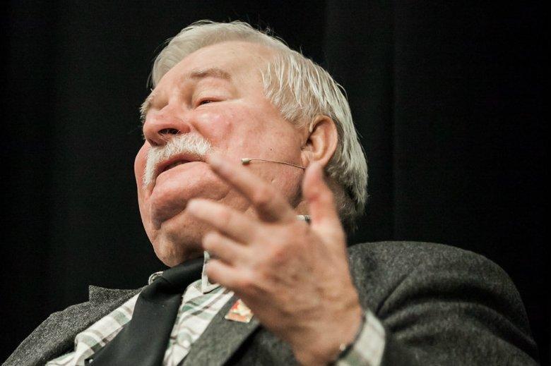 """Lech Wałęsa zawsze ma jakieś """"ale""""."""