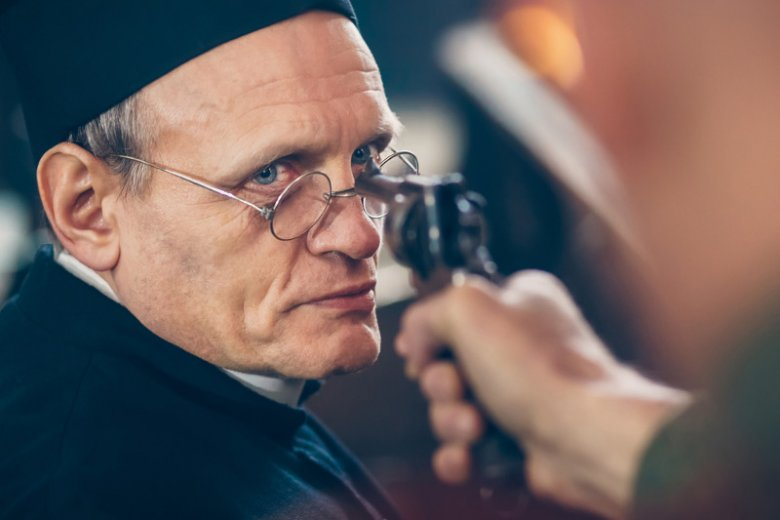 """Za scenariusz i reżyserię filmu """"Zerwany kłos"""" odpowiada Witold Ludwig"""