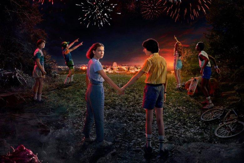 """Zwiastun trzeciego sezonu """"Stranger Things"""" był idealnym prezentem na Nowy Rok dla fanów serii."""