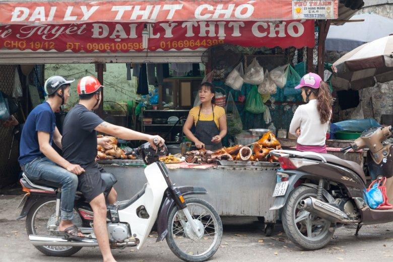 [url=http://shutr.bz/1nZzIJ5] Wietnamczycy na skuterach w Hanoi [/url]