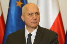 Joachim Brudziński zareagował na zarzuty o rzekome spowalnianie policyjnych poszukiwań Marka Falenty