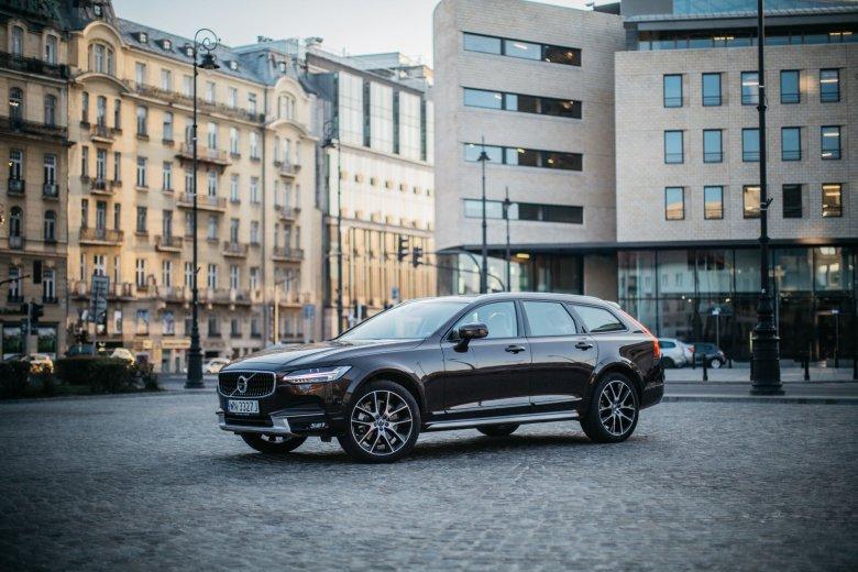 Volvo V90 Cross Country to kolejny model Volvo stworzony w zupełnie nowej stylistyce.