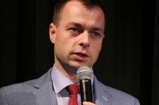 Burmistrz Ustrzyk Dolnych chce ograniczyć lekcje religii w szkołach. Arcybiskup przemyski Adam Szal ostro odpowiedział.