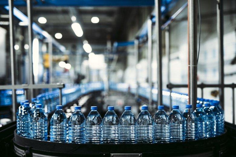 Producent wody butelkowamej Żywiec Zdrój dba o najwyższe standardy bezpieczeństwa i jakości butelkowanej przez siebie wody. Tajemnica jej sukcesu tkwi w sprawdzonym patencie na ocenę produktów.