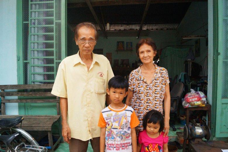 Rodzina Lien z Wietnamu każdego miesiąca ma na życie 266 dolarów.