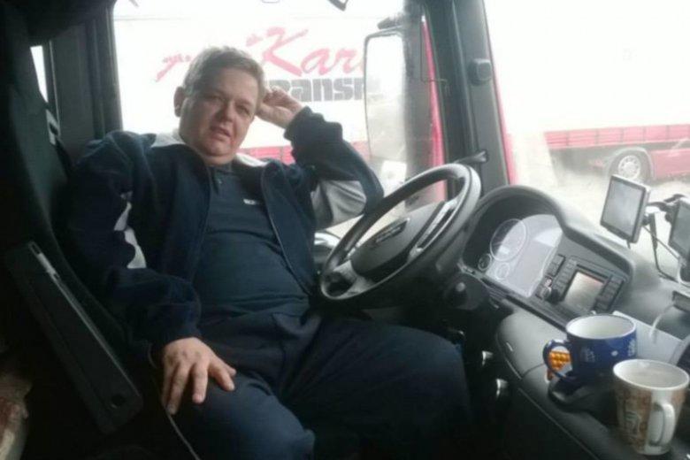 Wojciech Woźniak po udarze nie mógł już wrócić do ukochanej pracy. Był zawodowym kierowcą.