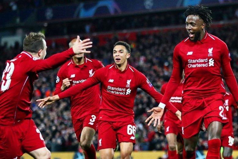 Okazuje się, że czwarta bramka dla Liverpoolu była możliwa tylko dzięki temu, że Jürgen Klopp przeszkolił... chłopców od podawania piłek.