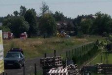 W Sobinie na Dolnym Śląsku części mieszkańców zależy na tym, by wyłączyć drogę z ruchu.