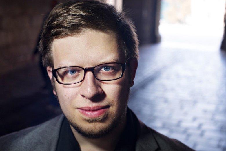 """Kamil Janicki, autor  """"Dam Złotego Wieku"""""""
