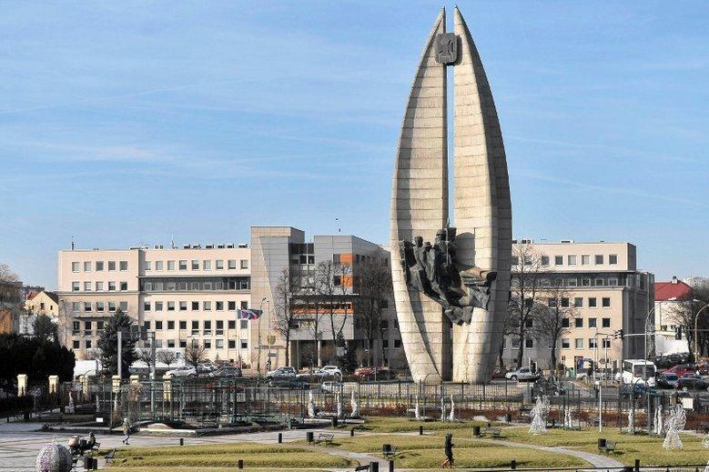 Pomnik Czynu Rewolucyjnego w Rzeszowie – zgodnie z ustawą dekomunizacyjną – do końca marca 2018 roku powinien zostać zburzony.