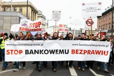 Manifestacja frankowiczów w Warszawie. Luty 2015 roku.