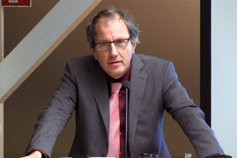 Sędzia niemieckiego Federalnego Trybunału Konstytucyjnego Johannes Masing bez owijania w bawełnę tłumaczy za Odrą, co dzieje się w Polsce. A wie o tym, bo świetnie Polskę zna.
