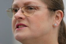 Krystyna Pawłowicz odpowiedziała internautom, którzy krytykowali jej wpis o Brigitte Macron.