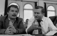 Lech Kaczyński i Lech Wałęsa, rok 1990.